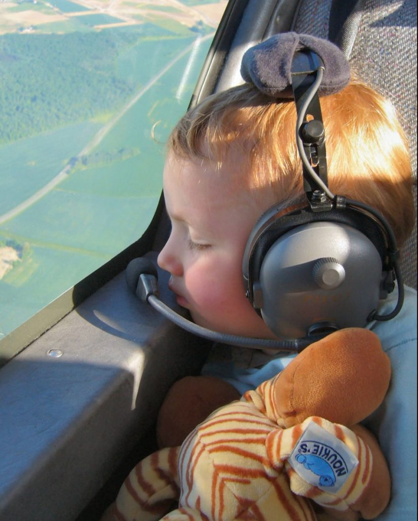 Facebook: Guillaume Le Bourguignon DR400 Robin Aircraft