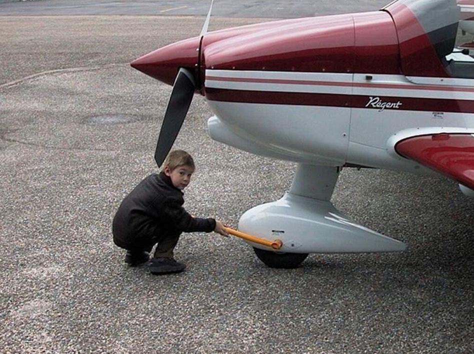 INSTAGRAM: Mickael.razmotte - 1er vol en DR400 DR400 Robin Aircraft